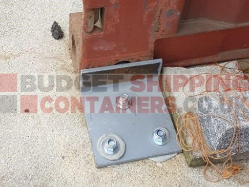 container-grounding-brackets